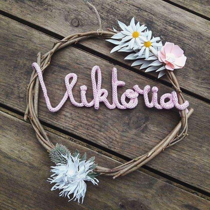 Couronne de porte fleurie artisanale, fait main, création sur-mesure personnalisée