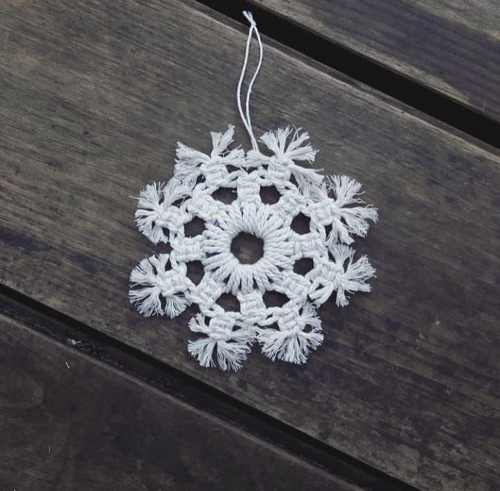 Décorations de Noël artisanales, créations macramé, fait main en France, décoration d'intérieur, sapin de Noël