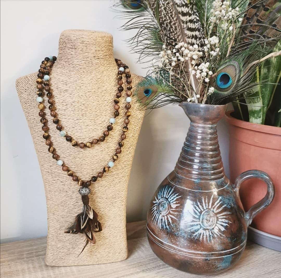 bijoux artisanaux, artisanat français, artisanal, créations artisanales, créatrice, collier mala tibétain, lithothérapie, méditation, yoga
