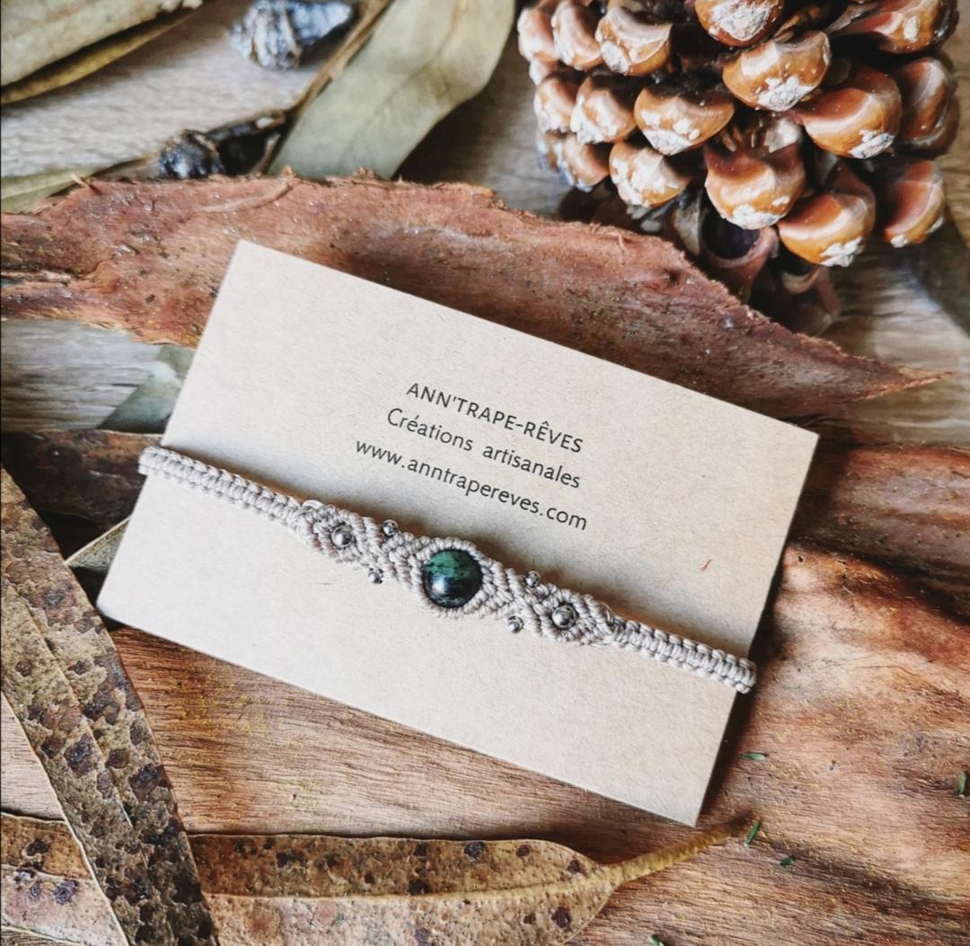 bracelet macramé pierre, bijoux bohèmes artisanaux faits main en france, créations uniques, idée cadeau, bijoux hommes, bijoux femmes, lithothérapie, yoga, méditation, bien-être