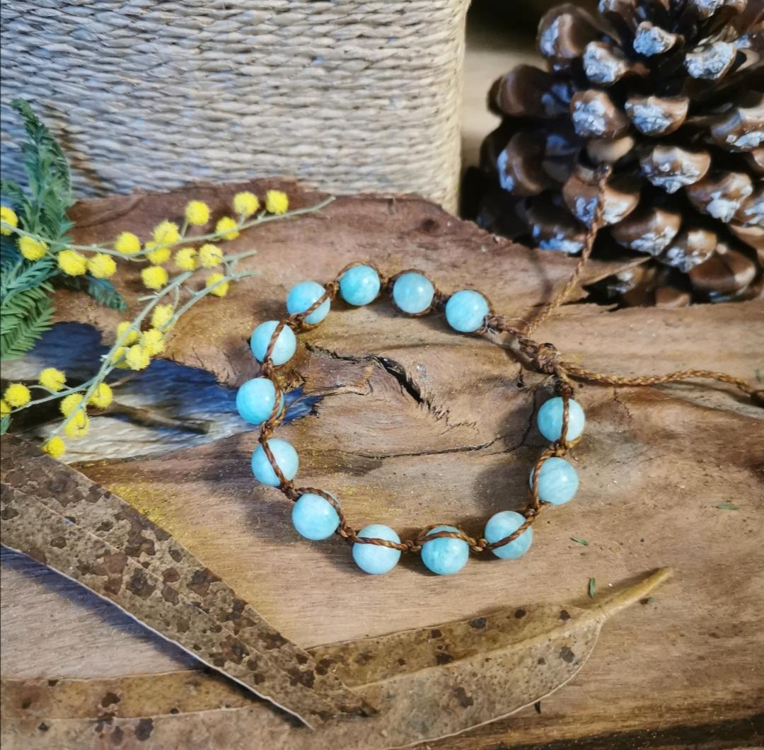 bracelet macramé, bracelet shamballa, bracelet pierres gemmes, artisanat français, créations artisanales, bijoux faits main