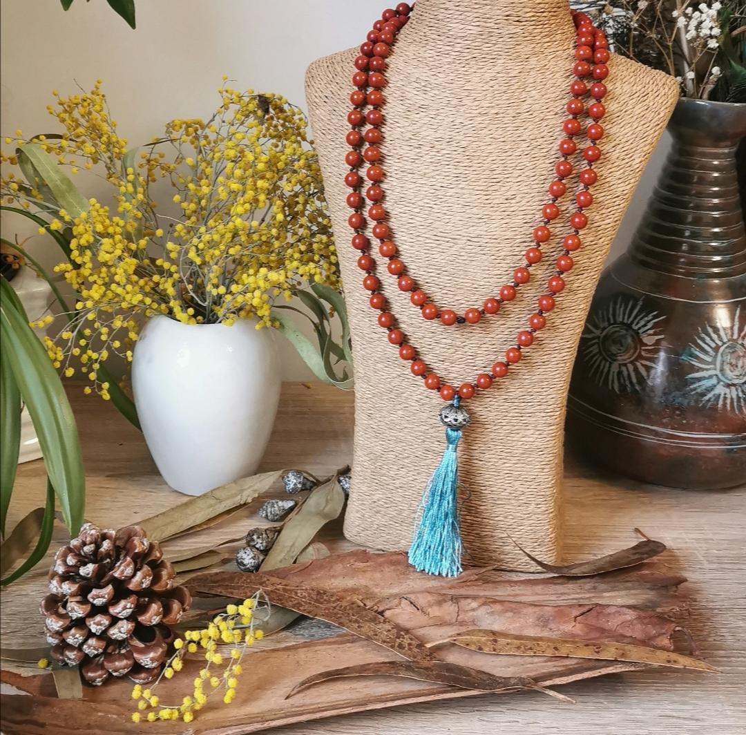 Mala tibétain traditionnel, chapelet artisanal, bijoux faits main, idée cadeau, bijoux bohèmes, hippie, yoga, méditation, créations artisanales