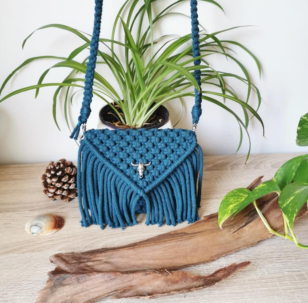 sac à main, pochette macramé, bandoulière, artisanat français, création unique, fait main, pochette bohème, mode hippie, accessoire