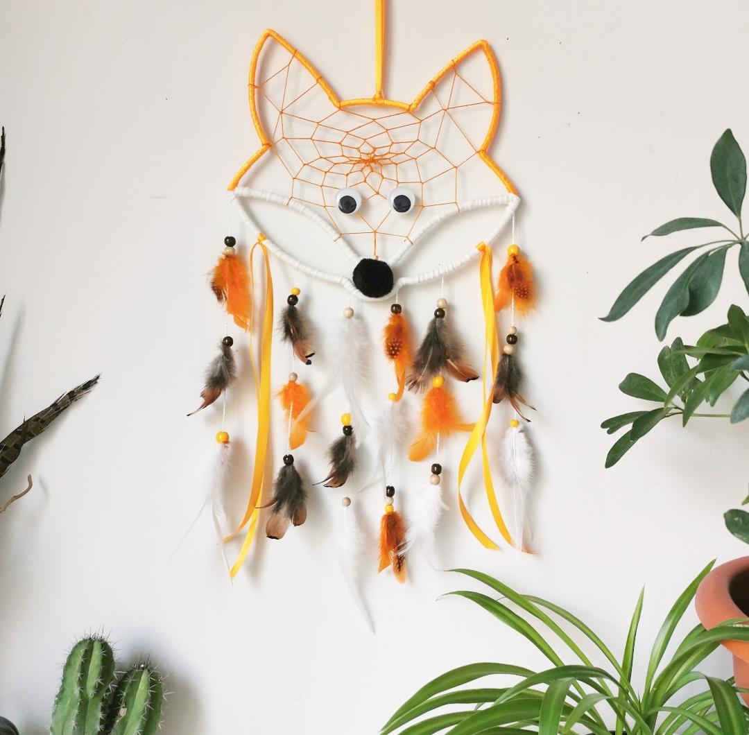 attrape-rêves artisanal renard, fait main en france, décoration murale d'intérieur, création unique