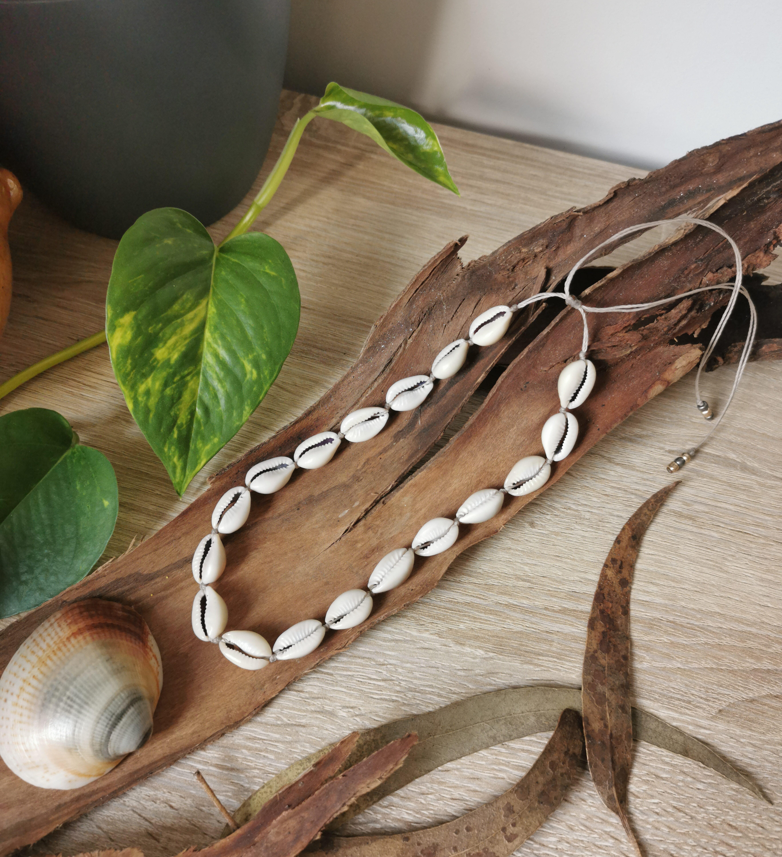 collier coquillages, bijoux bohèmes hippie ethniques, artisanat français, création artisanale, fait main en france, bijoux bohème chic, naturel