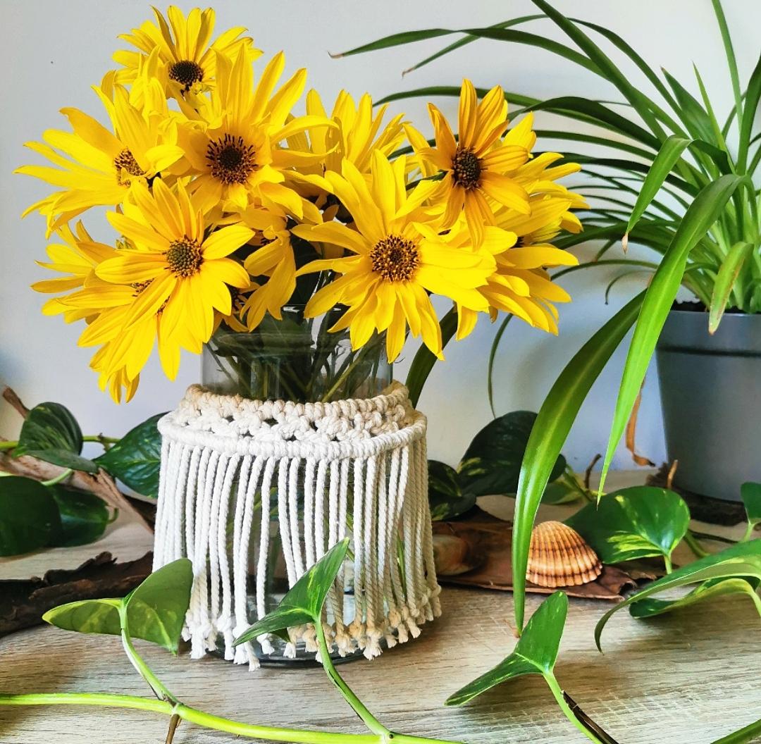 Décoration macramé bohème, cache-pot macramé, vase macramé, bouquet de fleurs
